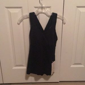 lululemon athletica Tops - Lululemon black push ur limits tank sz6 59455 NWT